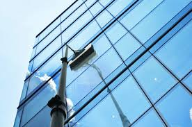 THE BENEFITS OF GOING FOR A WINDOW CLEANING SERVICE