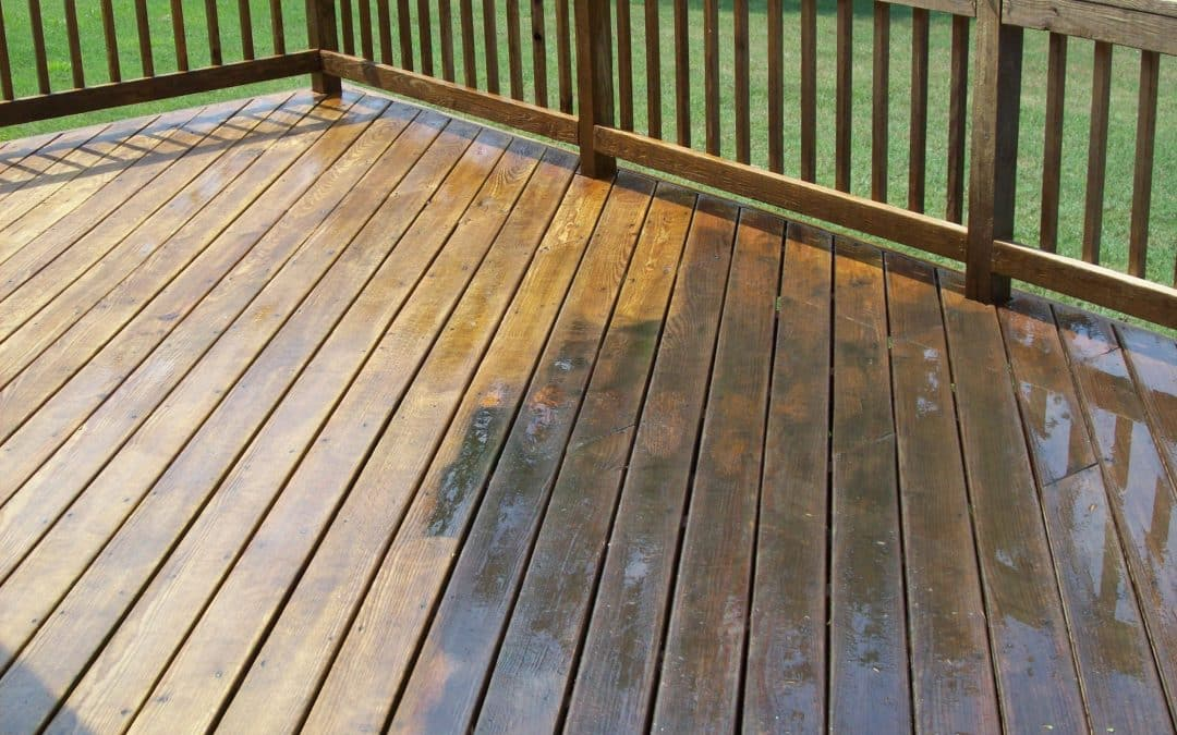 DECK CLEANING: POINTERS TO CARE FOR YOUR WOODEN OR COMPOSITE DECKING